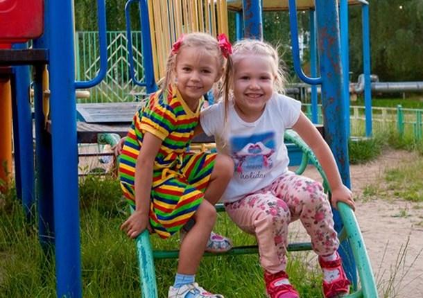 Примерно 200 детей из Балашихи бесплатно отдыхают в Крыму и Краснодарском крае