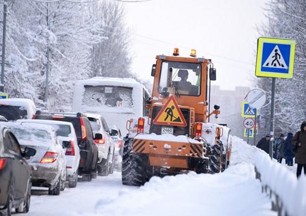 180 км дорог обработали реагентами в Балашихе за выходные