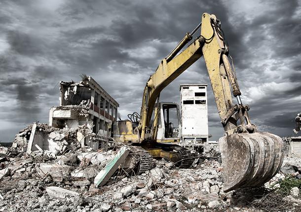 В Балашихе демонтируют незаконную гостиницу